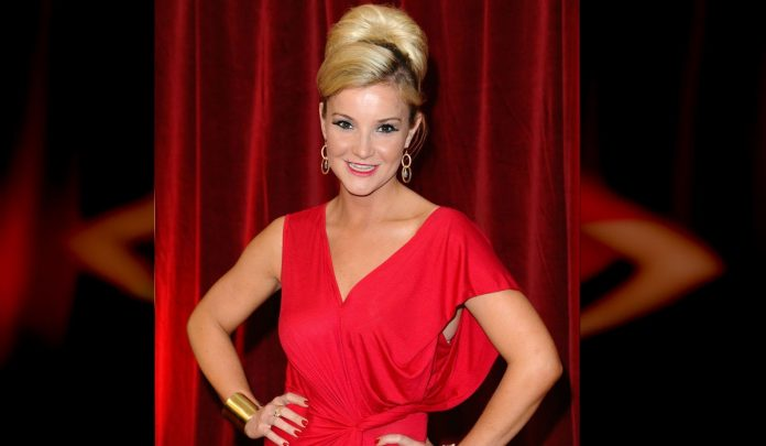 TV star Helen Skelton scammed out of £70,000
